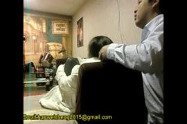 Videos porno de homem esfregando um pau no outro.