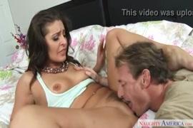 Videos estrupando a mae no cuarto