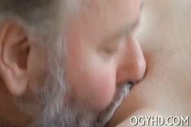 Contos erotocos abusada no onibus