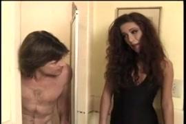 Vidio mulher massageando critores e gosando