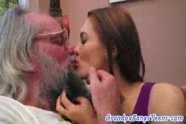 Baixar videos da primeira transa de virgens
