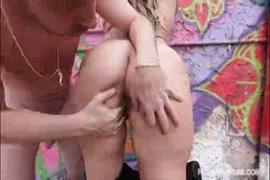 Baixa vídeo de porno mãe e filho brasileirinha cenário 1