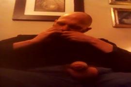 Videos de porno gay para baixar para qualquer celular