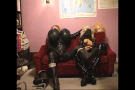 Dowload vídeo de homem faz sexo com cobra