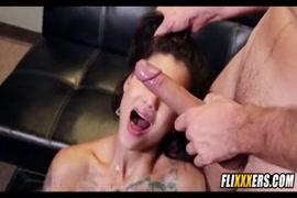 Porno japones mulher abusa de homens no metro gratis