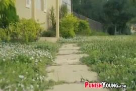Xxx vídeos com mulheres estuprada por cinco homens