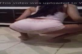 Video de mulher peito grande saindo leite fudendo
